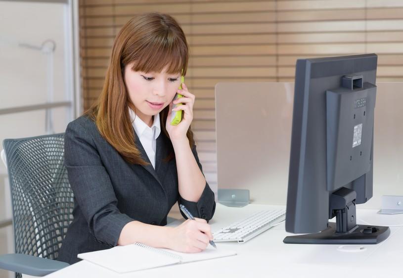 【静岡県裾野市の生産事務求人】生産に関する電話連絡やメールなどの間接業務のお仕事です。